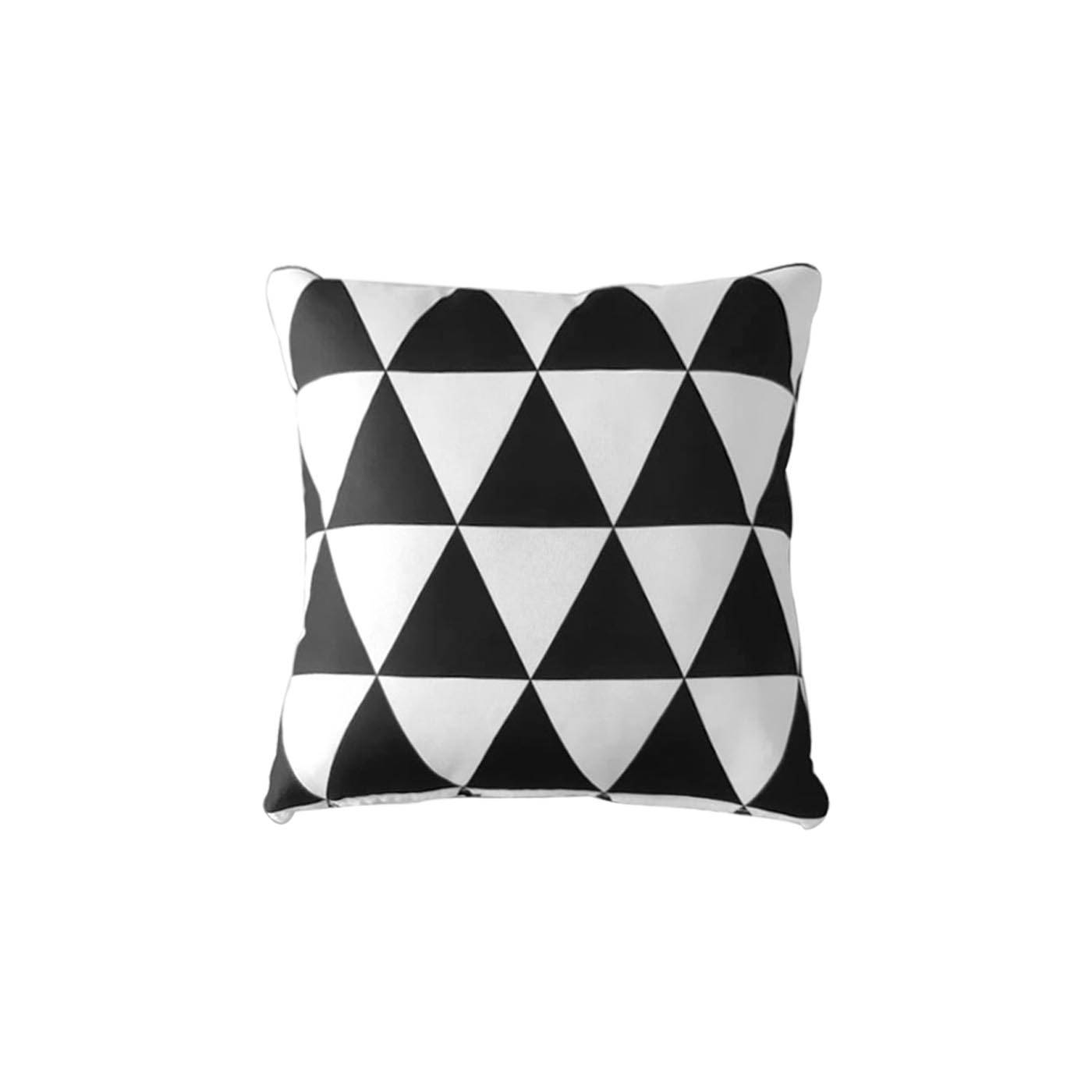 Vesterbro Triangle Texture Pillow